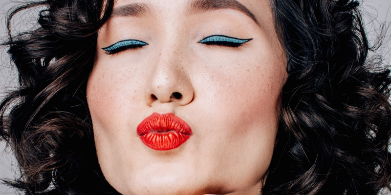 What Is Mewing? Everything You Need To Know About The New YouTube Beauty Obsession