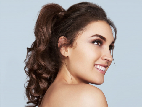 Ponytail - Curly, Wavy or Sleek